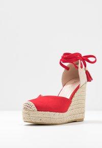 RAID Wide Fit - WIDE FIT DORIAN - Sandály na vysokém podpatku - red - 4