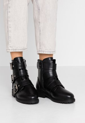 WIDE FIT ZARIA - Cowboystøvletter - black