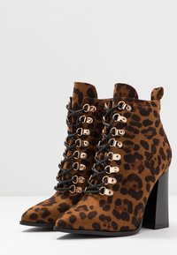 RAID Wide Fit - WIDE FIT JAYCEE - High heeled ankle boots - multicolor - 4