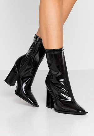 WIDE FIT VALENCIA - High heeled ankle boots - black