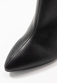RAID Wide Fit - WIDE FIT MEADOW - High heeled ankle boots - black - 2