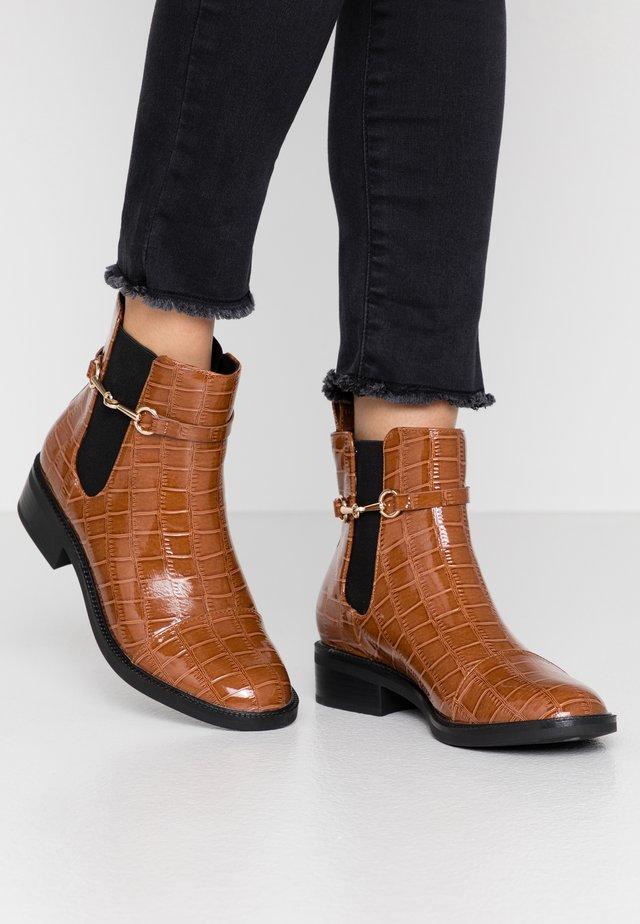 MARGARET - Kotníkové boty - tan