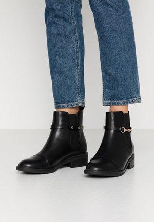 MARGARET - Støvletter - black