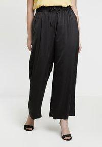 RACHEL Rachel Roy Curvy - EXCLUSIVE SONYA PANT - Trousers - black - 0