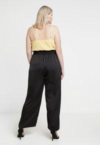 RACHEL Rachel Roy Curvy - EXCLUSIVE SONYA PANT - Trousers - black - 2