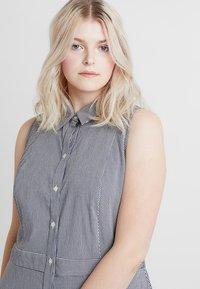 RACHEL Rachel Roy Curvy - EXCLUSIVE REBECCA DRESS - Shirt dress - eggshell combo - 3