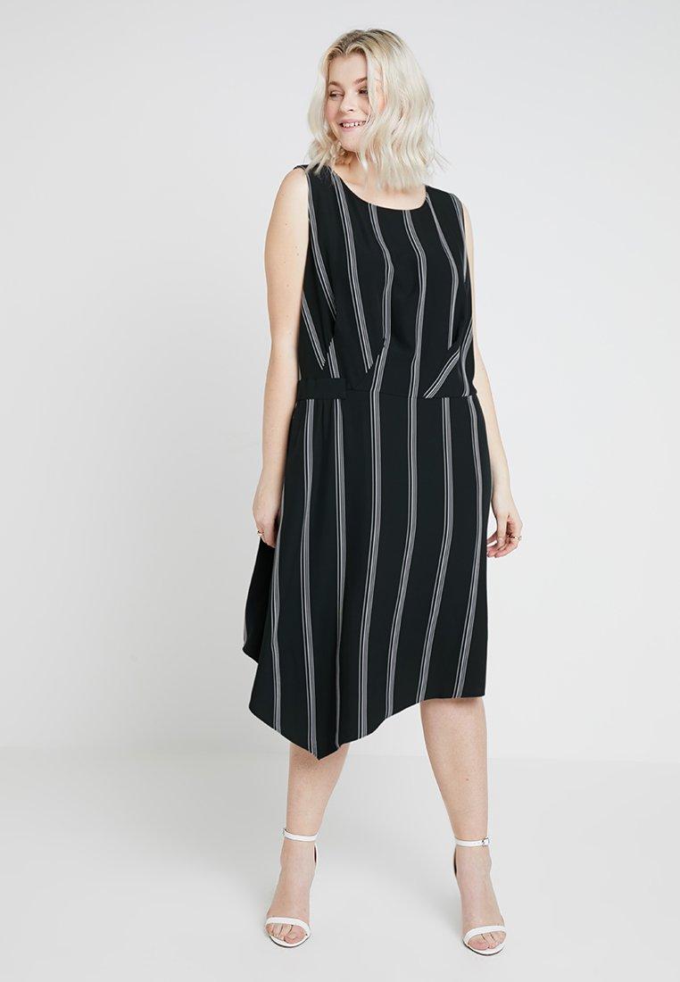 RACHEL Rachel Roy Curvy - EXCLUSIVE RACHEL ROY RINA STRIPE DRESS - Day dress - black/white