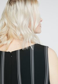 RACHEL Rachel Roy Curvy - EXCLUSIVE RACHEL ROY RINA STRIPE DRESS - Day dress - black/white - 5