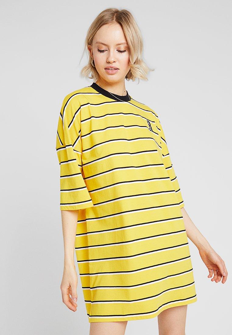 Ragged Jeans - STRIPE DRESS - Jerseykleid - yellow
