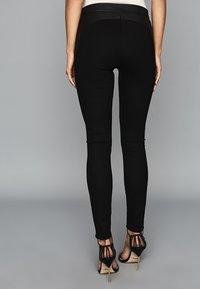 Reiss - VALERIE - Leggings - Trousers - black - 2