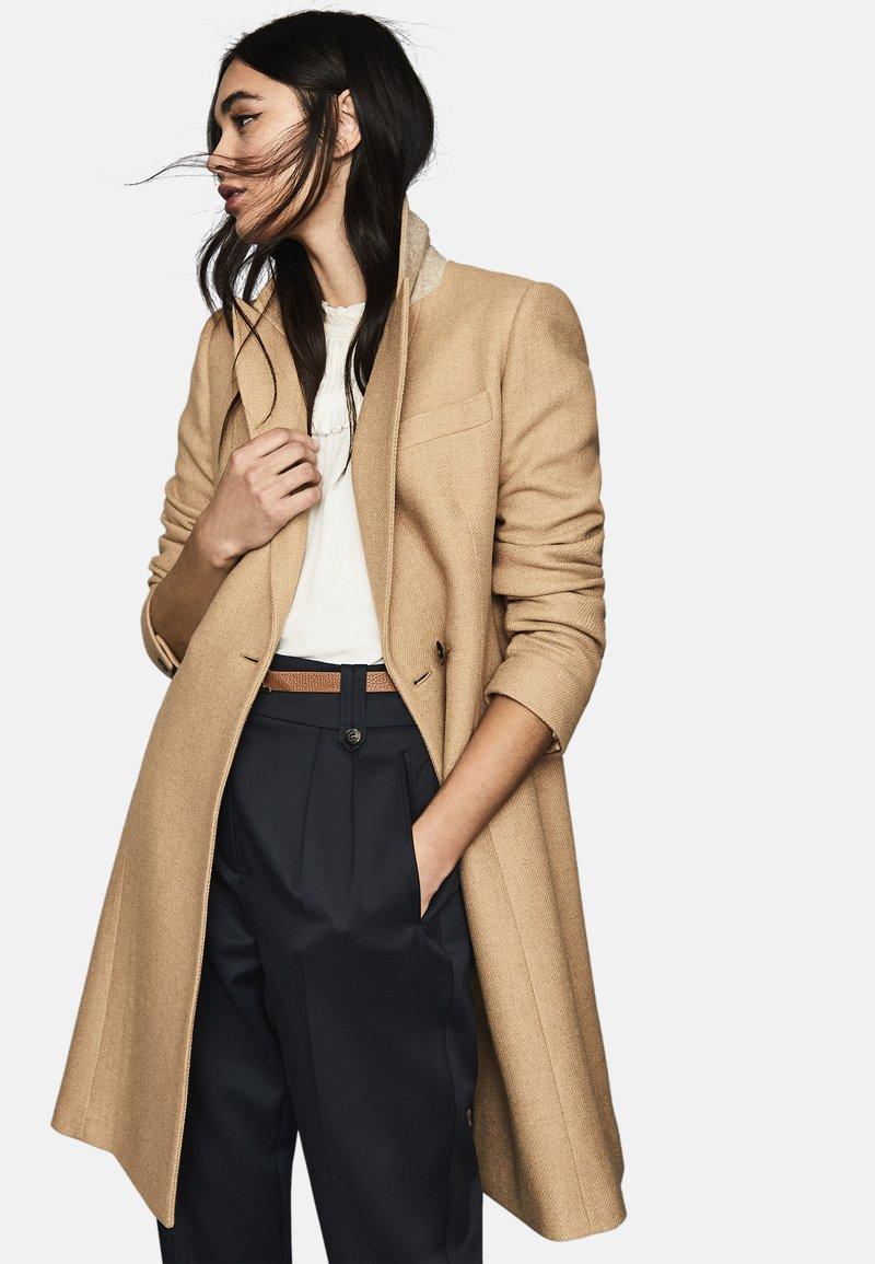 Reiss - Classic coat - taupe