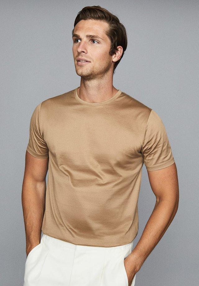 BEDFORD - T-shirt basic - taupe