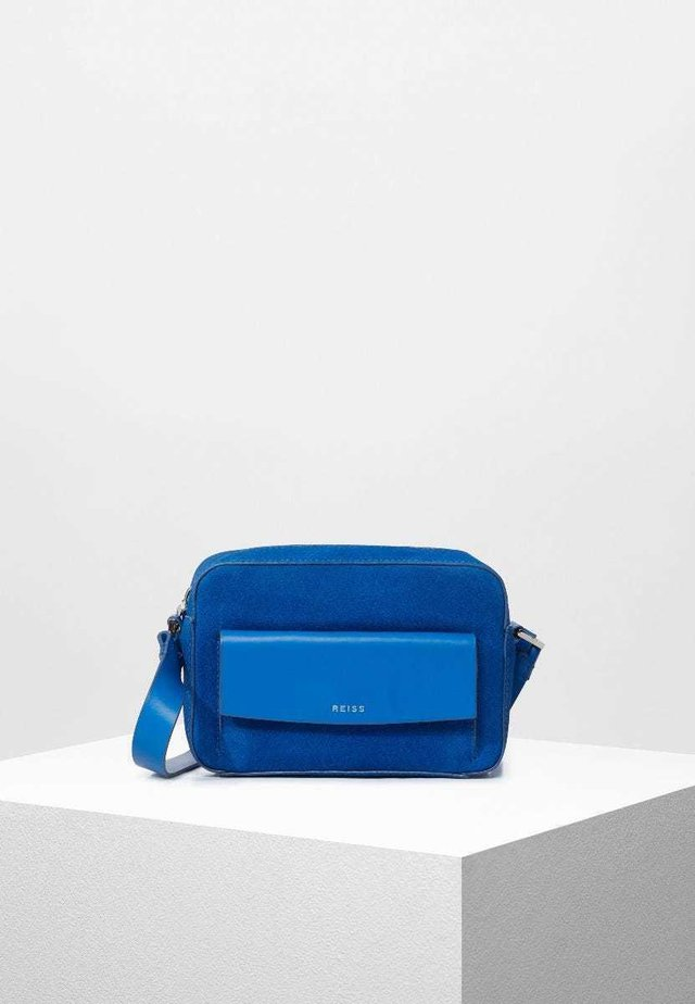 ARCHIE - Across body bag - electric blue