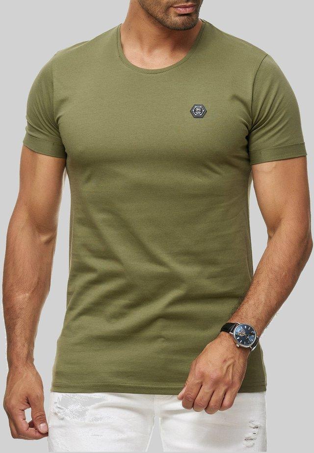 ATLANTA BASIC - Basic T-shirt - khaki