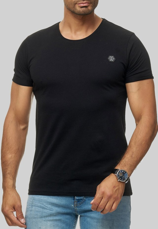 ATLANTA BASIC - Basic T-shirt - schwarz