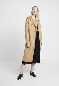 Derhy - OAKLAND - A-line skirt - black - 1