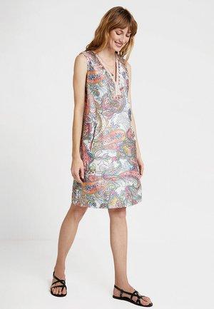 FLORETTE ROBE - Denní šaty - white