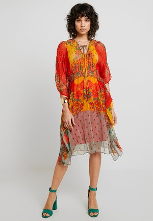 FRUIT ROBE - Vestido informal - orange
