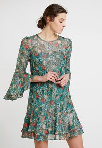 Derhy - FULL - Vestido informal - green - 0