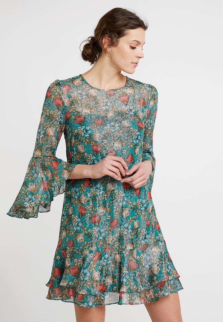 Derhy - FULL - Vestido informal - green