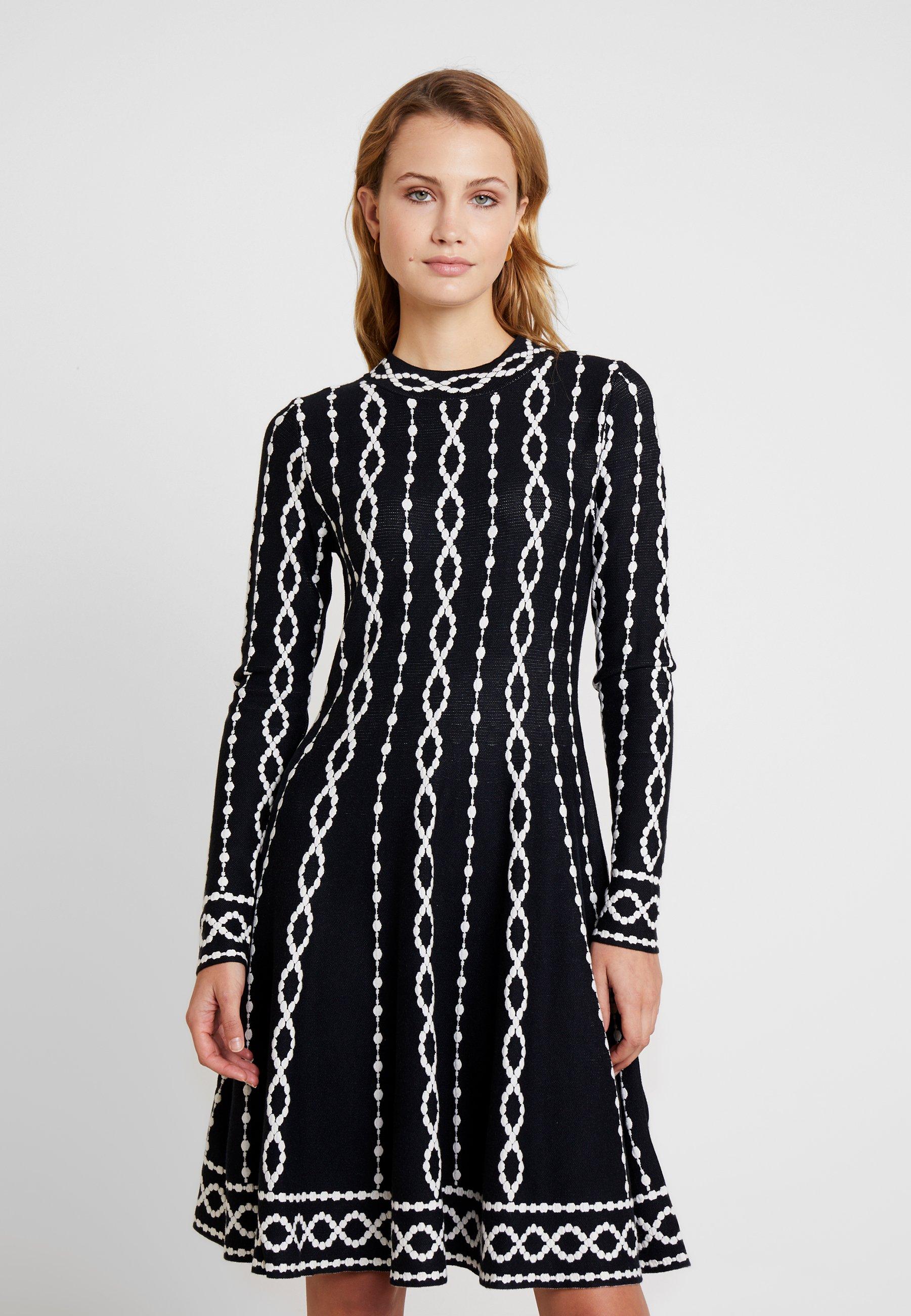 NEBRASKA - Gebreide jurk - black