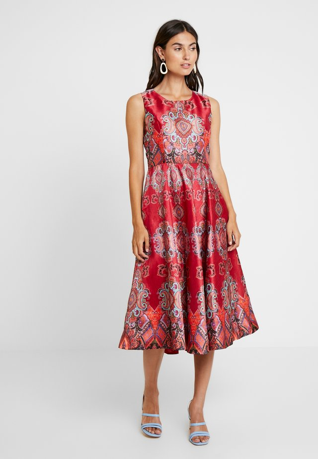 BIENHEUREUX - Cocktail dress / Party dress - red