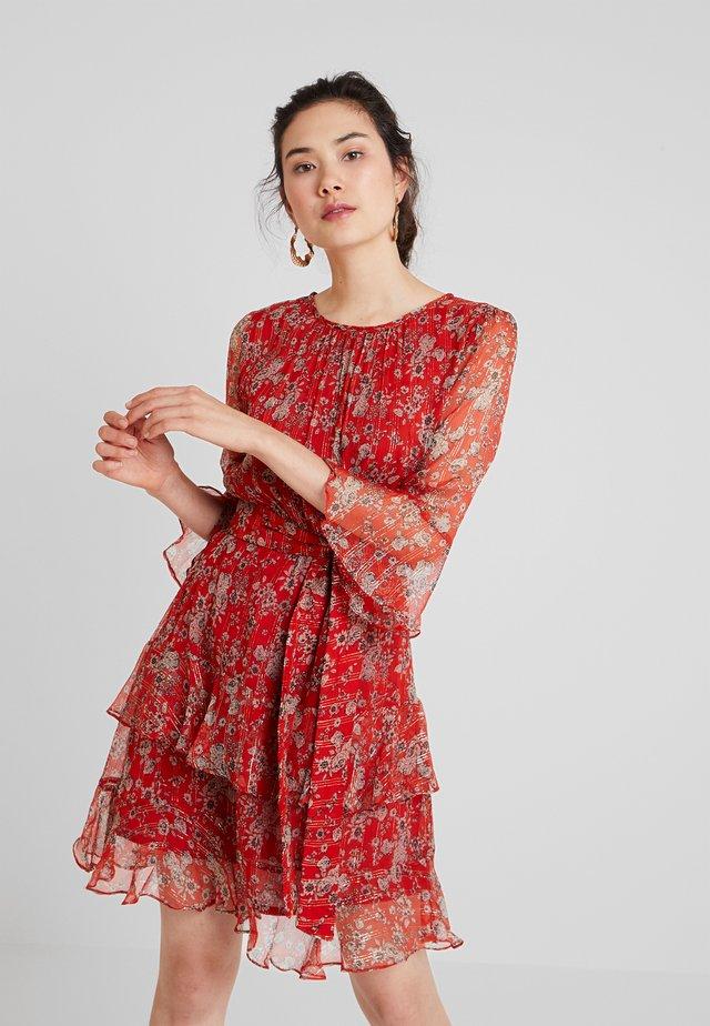 BELENUS - Vapaa-ajan mekko - red