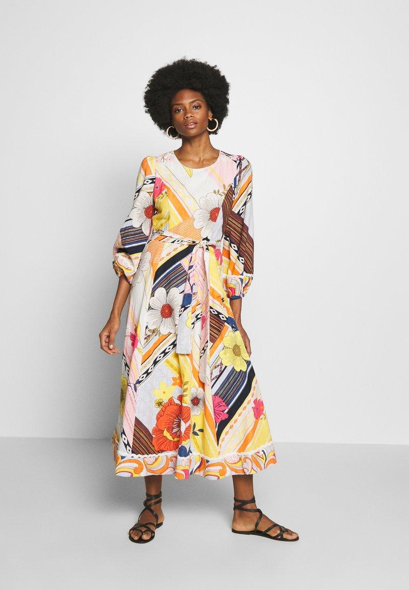 Derhy - CABOTEUR - Korte jurk - yellow