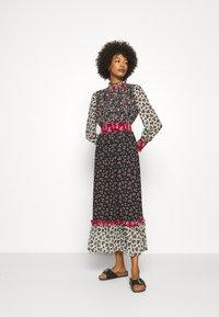 Derhy - ENCART ROBE - Długa sukienka - multi coloured - 3