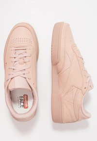 Reebok Classic - CLUB C 85 - Zapatillas - bare beige
