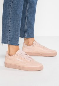 Reebok Classic - CLUB C 85 - Zapatillas - bare beige - 0