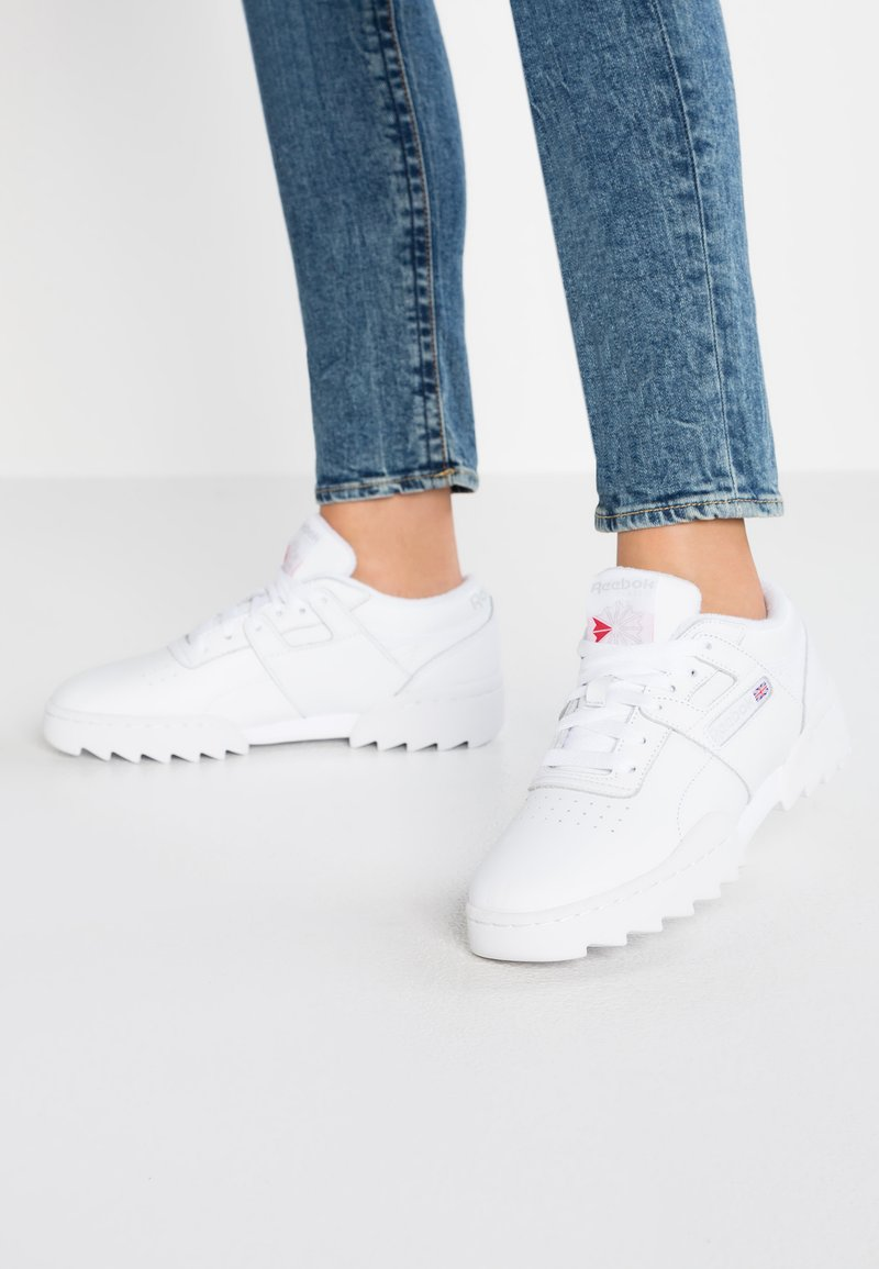 Reebok Classic - WORKOUT RIPPLE - Trainers - white