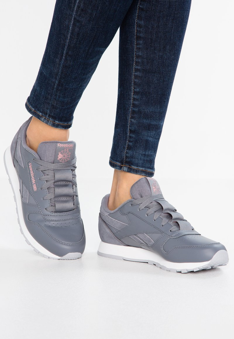 Reebok Classic - Trainers - cold grey/smoky rose