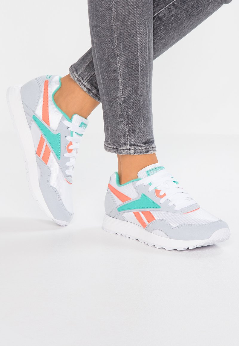 Reebok Classic - RAPIDE  - Trainers - white/grey/emerald/pink