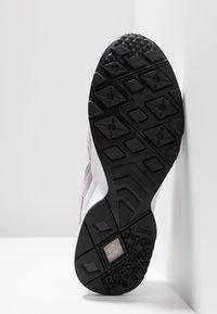 Reebok Classic - AZTREK - Sneakers - ashen lilac/cobalt/white - 4