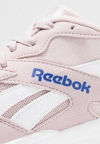 Reebok Classic - AZTREK - Sneakers - ashen lilac/cobalt/white - 5