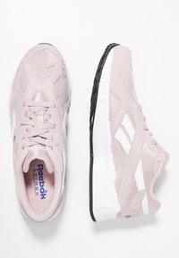 Reebok Classic - AZTREK - Sneakers - ashen lilac/cobalt/white - 1