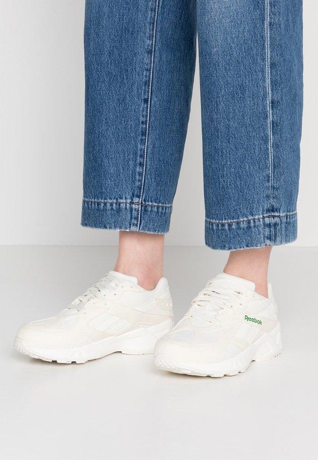 AZTREK LIGHTWEIGHT CUSHION SHOES - Tenisky - white/green