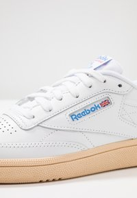 Reebok Classic - CLUB C 85 - Trainers - white/athletic blue/red - 2