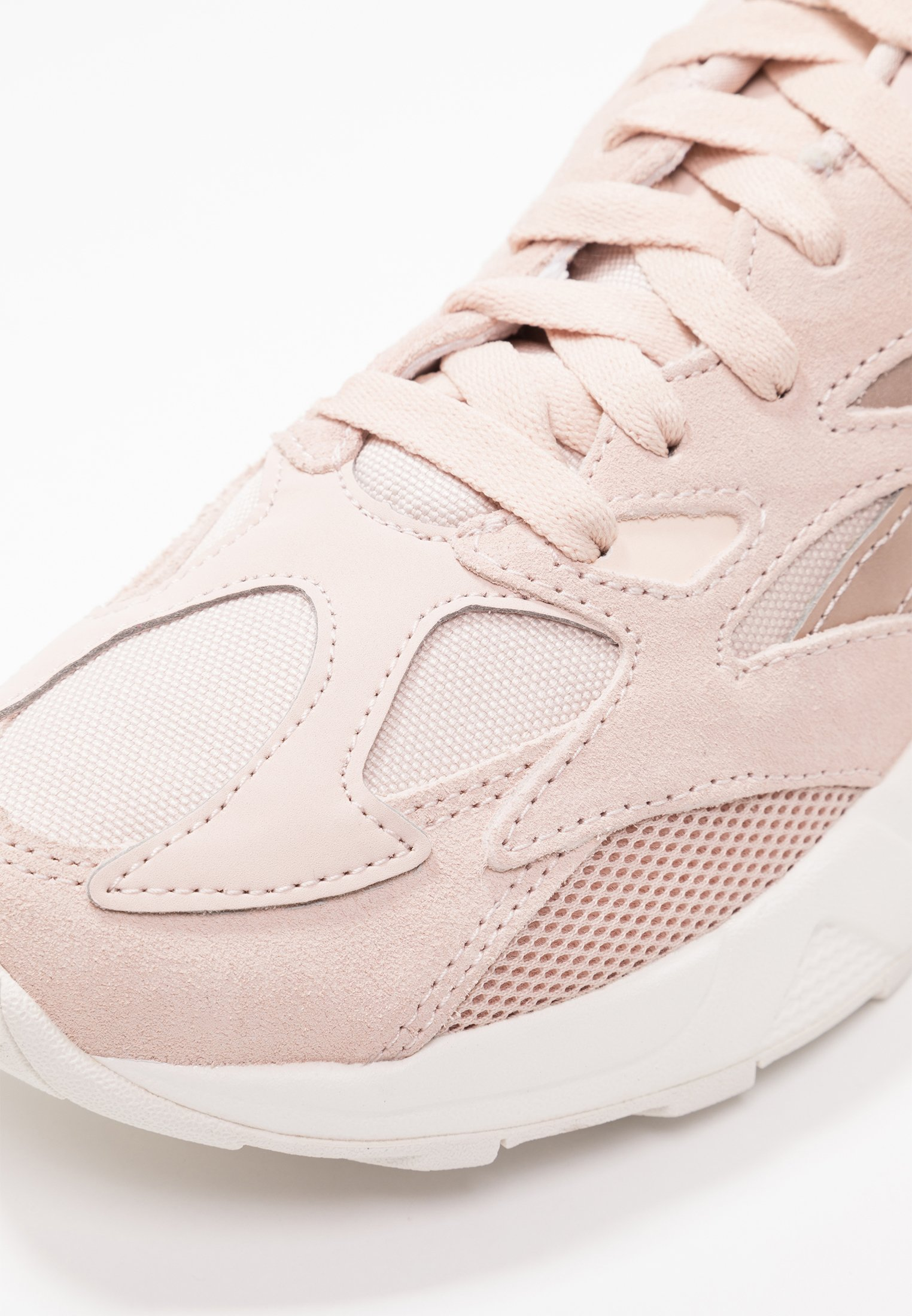 Reebok Classic AZTREK 96 - Sneakers - buff/chalk/pink/orange