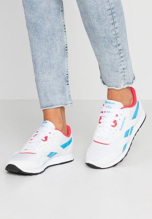 CLASSIC LEATHER NYLON - Sneakers - white/hype pink/cyan