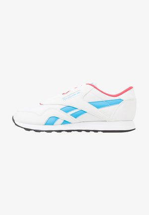 CLASSIC LEATHER NYLON - Sneakersy niskie - white/hype pink/cyan