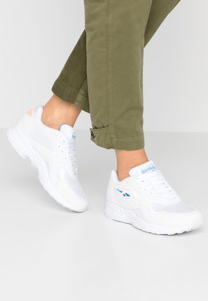 TORCH HEX LIGHT BREATHABLE SHOES - Sneakers - white/sunglow/cyan