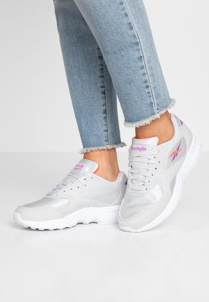 TORCH HEX LIGHT BREATHABLE SHOES - Tenisky - grey/grape/neon red