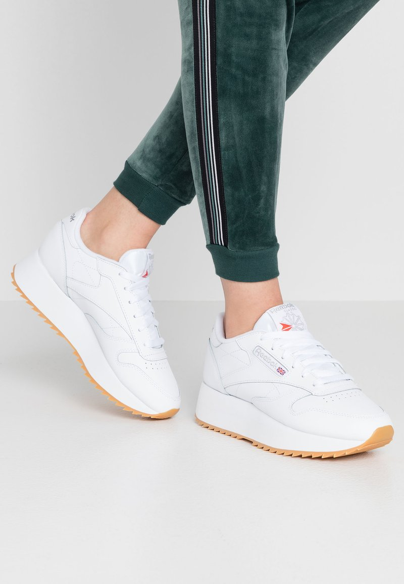 Reebok Classic - CLASSIC DOUBLE - Trainers - white