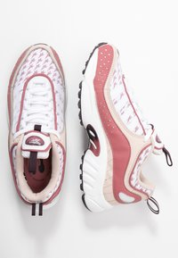 Reebok Classic - DAYTONA DMX II RETRO INSPIRED SHOES - Matalavartiset tennarit - buff/rosdus/eggpla - 3