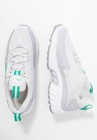 Reebok Classic - DMX SERIES 2K SOFT SUPPORTIVE FEEL - Sneakers laag - porcel/grey/emerald - 5