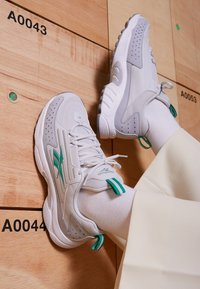 Reebok Classic - DMX SERIES 2K SOFT SUPPORTIVE FEEL - Sneakers laag - porcel/grey/emerald - 4