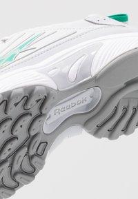 Reebok Classic - DMX SERIES 2K SOFT SUPPORTIVE FEEL - Sneakers laag - porcel/grey/emerald - 2