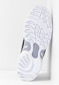 Reebok Classic - DMX SERIES 2K SOFT SUPPORTIVE FEEL - Sneakersy niskie - black/white/dendus - 6